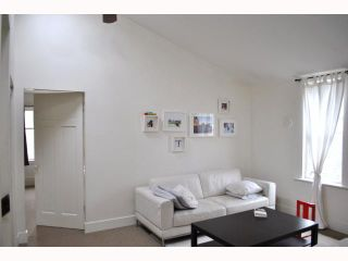 """Photo 4: 3522 WILLOW Street in Vancouver: Cambie House for sale in """"DOUGLAS PARK"""" (Vancouver West)  : MLS®# V816412"""