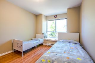 """Photo 16: 7398 HAWTHORNE Terrace in Burnaby: Highgate Townhouse for sale in """"MONTEREY"""" (Burnaby South)  : MLS®# R2071197"""