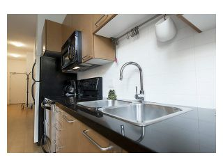 """Photo 13: 105 205 E 10TH Avenue in Vancouver: Mount Pleasant VE Condo for sale in """"The Hub"""" (Vancouver East)  : MLS®# V1082695"""