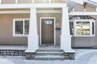 Photo 2: 63 Cromwell Avenue NW in Calgary: Collingwood Detached for sale : MLS®# A1060725