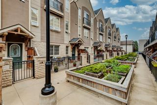 Photo 1: 8 1729 34 Avenue SW in Calgary: Altadore Row/Townhouse for sale : MLS®# A1136196