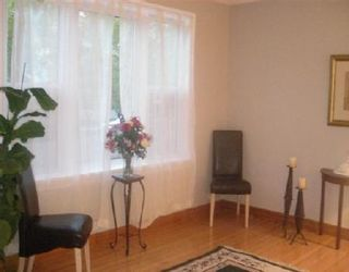 Photo 3: 1468 MCDERMOT AVE: Residential for sale (Canada)  : MLS®# 2717698