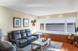 Photo 3: 2 553 S Island Hwy in Campbell River: CR Campbell River Central Condo for sale : MLS®# 869697