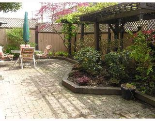 """Photo 8: 1620 BALSAM Street in Vancouver: Kitsilano Condo for sale in """"OLD KITS TOWNHOMES"""" (Vancouver West)  : MLS®# V641179"""