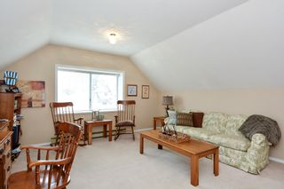 """Photo 13: 5445 185 Street in Surrey: Cloverdale BC House for sale in """"HUNTER PARK"""" (Cloverdale)  : MLS®# R2243893"""
