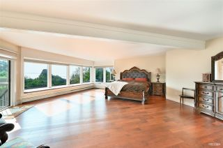 Photo 15: 13976 MARINE Drive: White Rock House for sale (South Surrey White Rock)  : MLS®# R2552761