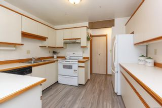 Photo 6: 39 1287 Verdier Ave in : CS Brentwood Bay Row/Townhouse for sale (Central Saanich)  : MLS®# 857546
