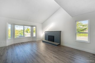 Photo 6: 5216 SMITH Avenue in Burnaby: Central Park BS 1/2 Duplex for sale (Burnaby South)  : MLS®# R2620345