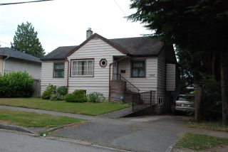 Photo 1: 5260 ABERDEEN Street in Vancouver: Collingwood VE House for sale (Vancouver East)  : MLS®# R2591520