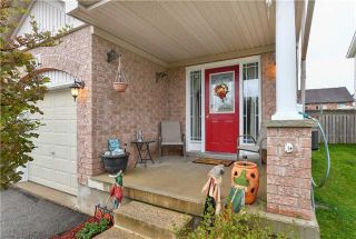 Photo 2: 142 Gooseberry Street: Orangeville House (2-Storey) for sale : MLS®# W3947610