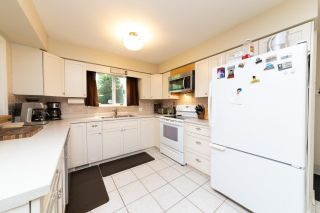 Photo 6: 13735 BLACKBURN Avenue: White Rock House for sale (South Surrey White Rock)  : MLS®# R2477840