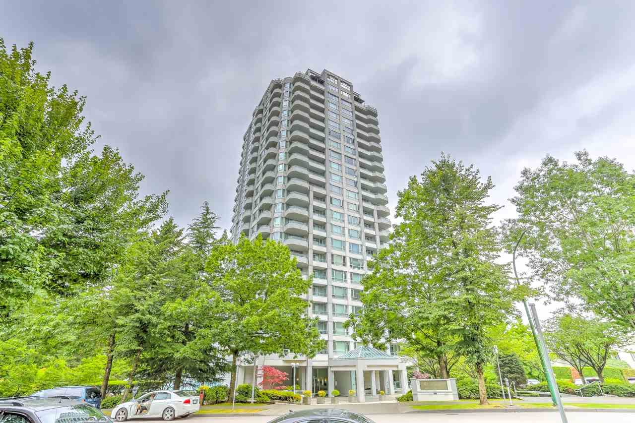 """Main Photo: 400 4825 HAZEL Street in Burnaby: Forest Glen BS Condo for sale in """"The Evergreen"""" (Burnaby South)  : MLS®# R2485068"""