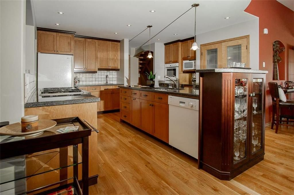 Photo 7: Photos: 23 Tiverton Bay in Winnipeg: River Park South Residential for sale (2F)  : MLS®# 202008374