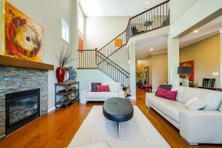 """Photo 10: 6918 208B Street in Langley: Willoughby Heights House for sale in """"Milner Heights"""" : MLS®# R2503739"""