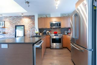 """Photo 2: 325 95 MOODY Street in Port Moody: Port Moody Centre Townhouse for sale in """"THE STATION"""" : MLS®# R2302034"""