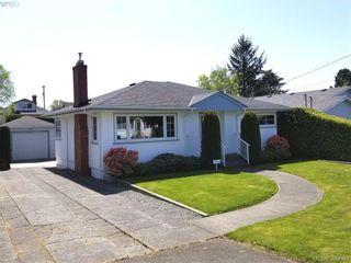 Photo 1: 2063 Kings Rd in VICTORIA: OB Henderson House for sale (Oak Bay)  : MLS®# 785216