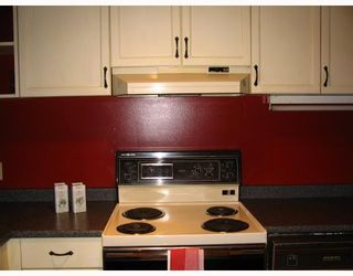 """Photo 7: 221 1236 W 8TH Avenue in Vancouver: Fairview VW Condo for sale in """"GALLERIA"""" (Vancouver West)  : MLS®# V714367"""