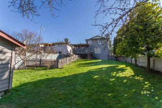 Photo 18: 122 CROTEAU Court in Coquitlam: Cape Horn House for sale : MLS®# R2444071