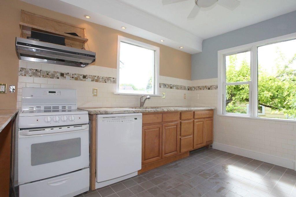 Photo 6: Photos: 1088 Sherburn Street in Winnipeg: West End Single Family Detached for sale (West Winnipeg)  : MLS®# 1414577
