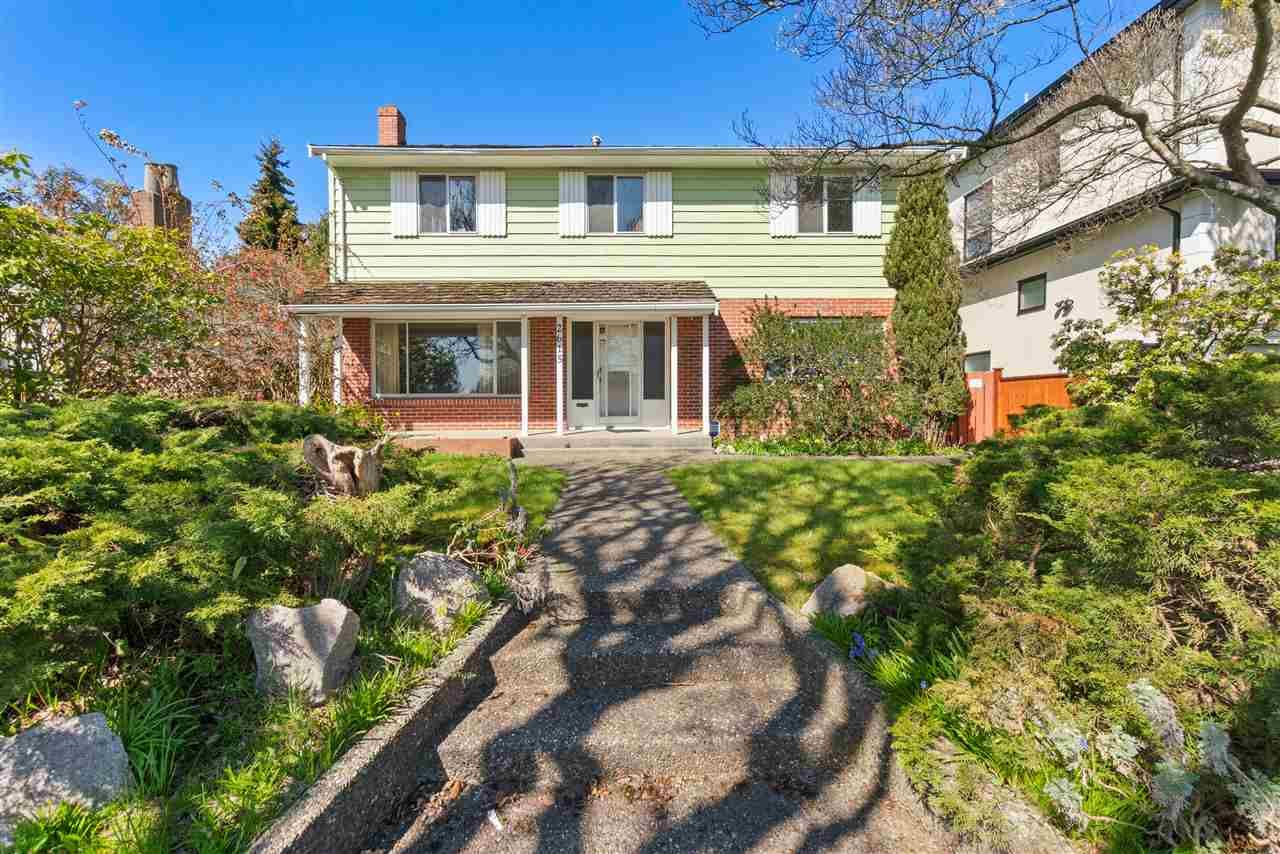 """Main Photo: 2615 E 56TH Avenue in Vancouver: Fraserview VE House for sale in """"FRASERVIEW"""" (Vancouver East)  : MLS®# R2561413"""