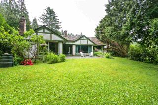 Photo 1: 5733 CRANLEY Drive in West Vancouver: Eagle Harbour House for sale : MLS®# R2173714