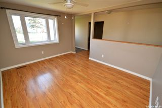 Photo 7: 945 Stadacona Street East in Moose Jaw: Hillcrest MJ Residential for sale : MLS®# SK857131