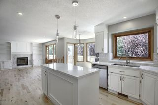 Photo 8: 83 SILVERSTONE Road NW in Calgary: Silver Springs Detached for sale : MLS®# A1022592