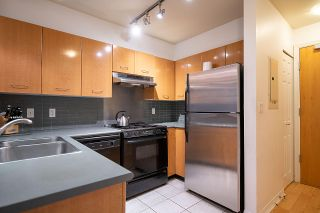 """Photo 10: 2270 REDBUD Lane in Vancouver: Kitsilano Townhouse for sale in """"ANSONIA"""" (Vancouver West)  : MLS®# R2508791"""
