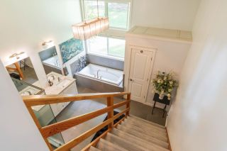 Photo 17: 6619 APPLEDALE LOWER ROAD in Appledale: House for sale : MLS®# 2461307