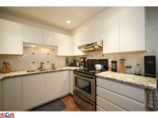 """Photo 4: 210 14965 MARINE Drive: White Rock Condo for sale in """"Pacifica"""" (South Surrey White Rock)  : MLS®# F1125552"""