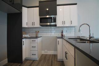 Photo 12: 10332 / 10334 159 Street in Edmonton: Zone 21 House Duplex for sale : MLS®# E4224063