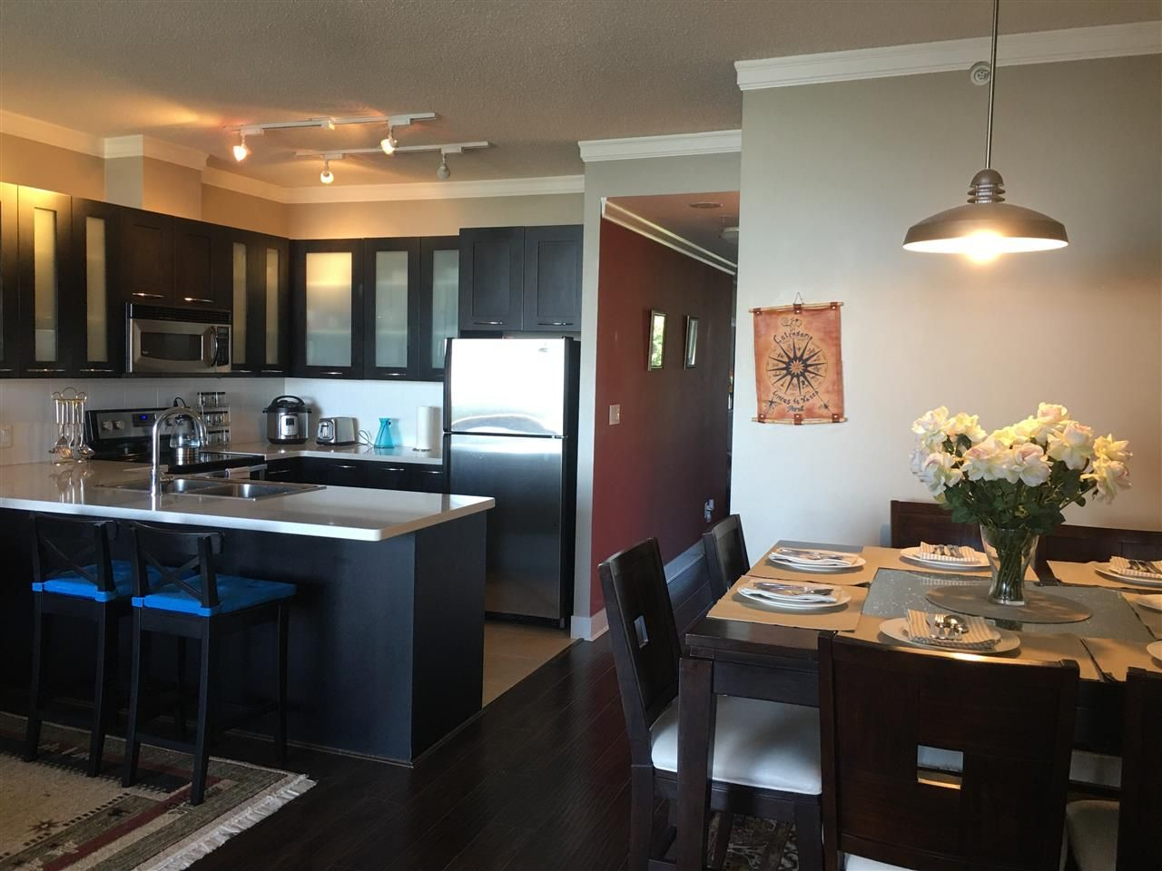 """Main Photo: 700 9300 UNIVERSITY Crescent in Burnaby: Simon Fraser Univer. Condo for sale in """"ONE UNIVERSITY"""" (Burnaby North)  : MLS®# R2479456"""