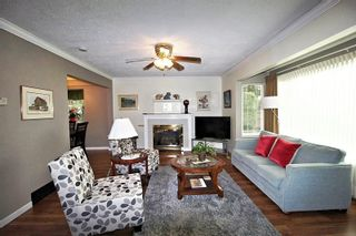 """Photo 2: 5066 216 Street in Langley: Murrayville House for sale in """"Murrayville"""" : MLS®# R2322230"""