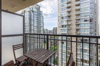 """Photo 8: 1501 989 RICHARDS Street in Vancouver: Downtown VW Condo for sale in """"MONDRIAN ONE"""" (Vancouver West)  : MLS®# R2171002"""