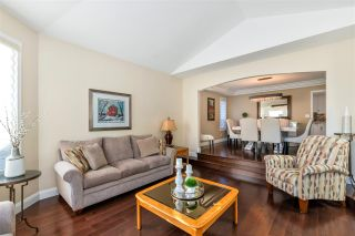 """Photo 6: 5837 189 Street in Surrey: Cloverdale BC House for sale in """"Rosewood Park"""" (Cloverdale)  : MLS®# R2535493"""