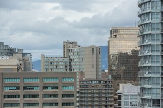 """Photo 22: 1703 889 HOMER Street in Vancouver: Downtown VW Condo for sale in """"889 HOMER"""" (Vancouver West)  : MLS®# R2484850"""