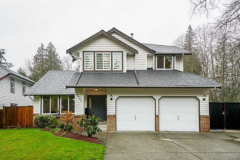 Main Photo: 8089 165A STREET in Surrey: Fleetwood Tynehead House for sale : MLS®# R2347020