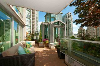 """Photo 15: 901 565 SMITHE Street in Vancouver: Downtown VW Condo for sale in """"VITA"""" (Vancouver West)  : MLS®# R2389668"""