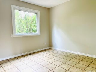 Photo 8: 313 La Ronge Road in Saskatoon: River Heights SA Residential for sale : MLS®# SK859361