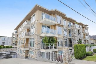 """Photo 1: 207 15164 PROSPECT Avenue: White Rock Condo for sale in """"WATERFORD PLACE"""" (South Surrey White Rock)  : MLS®# R2032759"""