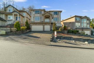 Photo 2: 2915 KEETS Drive in Coquitlam: Ranch Park House for sale : MLS®# R2558007