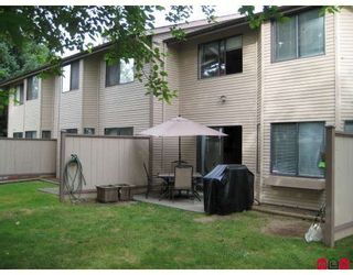 """Photo 6: 127 7333 140TH Street in Surrey: East Newton Townhouse for sale in """"Newton Park"""" : MLS®# F2820292"""