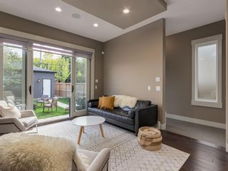 Photo 14: 407 22 Avenue NW in Calgary: Mount Pleasant Semi Detached for sale : MLS®# A1098810