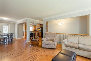 Photo 3: 8022 SYKES Street in Mission: Mission BC House for sale : MLS®# R2438010