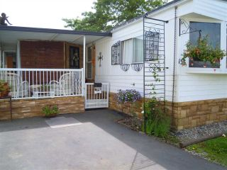 """Photo 2: 155 1840 160 Street in Surrey: King George Corridor Manufactured Home for sale in """"Breakaway Bays"""" (South Surrey White Rock)  : MLS®# R2051766"""