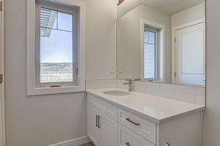 Photo 20: 132 Creekside Drive SW in Calgary: C-168 Semi Detached for sale : MLS®# A1098272