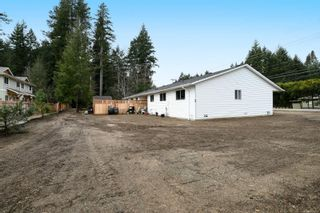 Photo 7: 2110 Lake Trail Rd in Courtenay: CV Courtenay City Full Duplex for sale (Comox Valley)  : MLS®# 869253