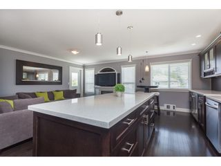 Photo 11: 26943 26 Avenue in Langley: Aldergrove Langley House for sale : MLS®# R2389001