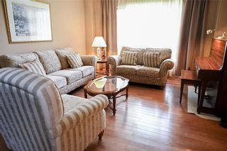 Photo 3: 98 Aldgate Road in Winnipeg: River Park South Residential for sale (2F)  : MLS®# 202119208