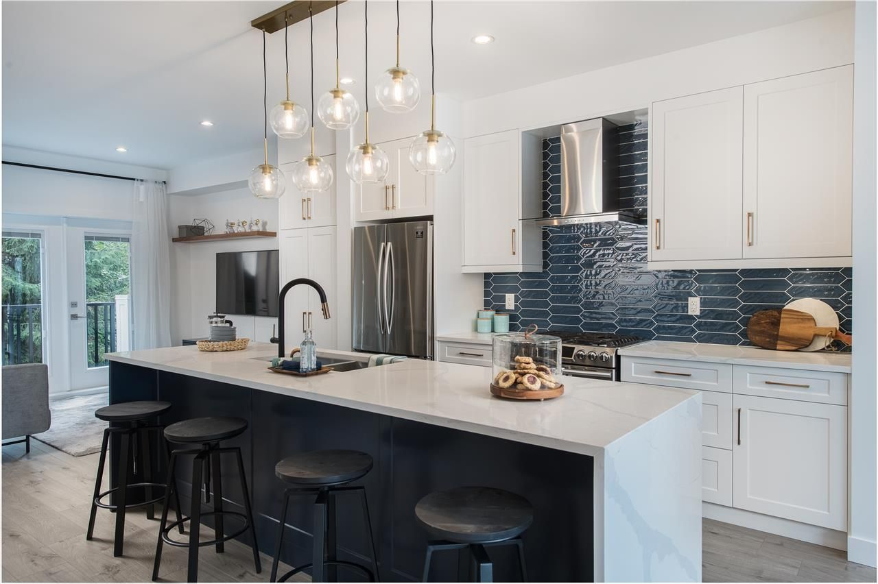 """Main Photo: 21 7167 116 Street in Delta: Sunshine Hills Woods Townhouse for sale in """"CYRUS HILL"""" (N. Delta)  : MLS®# R2540086"""